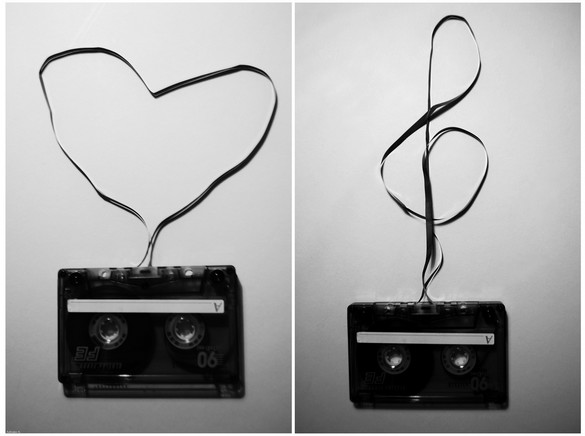love-music-tape-heart-shape-key-cassette-audio